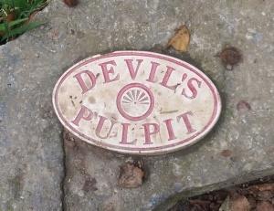 1 Devil's pulpit